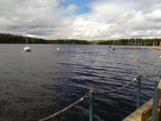 Le lac des Settons, dans le parc du Morvan